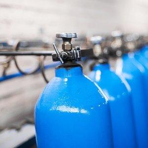 niebieskie butle